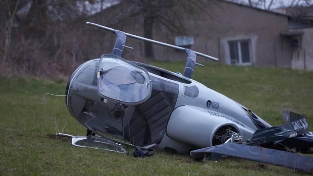 Nachrichten aus Deutschland: Hubschrauber bei Koblenz umgekippt