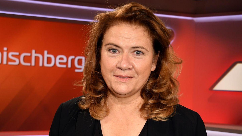 Politikerin Jutta Ditfurth im Studio von Sandra Maischberger