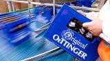 Platz 4: Oettinger Gruppe  Absatz in Deutschland: 6 Millionen Hektoliter  Das Billig-Bier liefert sich seit Jahren ein enges Rennen mit der Premium-Marke Krombacher um den Titel der meistverkauften Marke Deutschlands. Zum Billig-Imperium gehört auch das bekannte Dosenbier 5,0 Original.