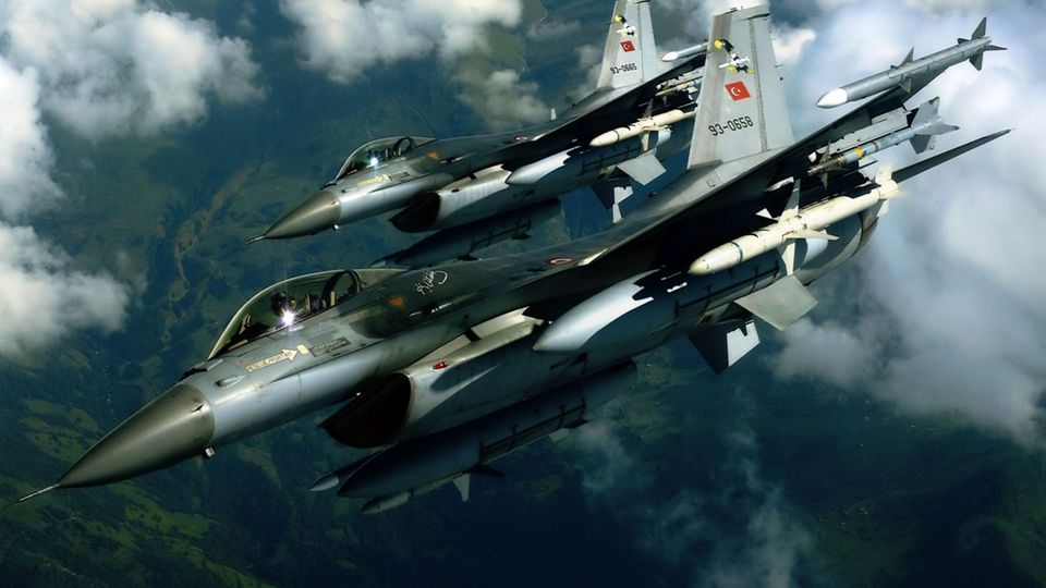 Griechenland beklagt aggressive Manöver der türkischen Luftwaffe.