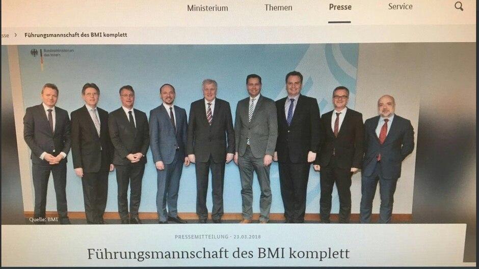 Dieses Foto war auf der Seite des Heimatministeriums zu bewundern und zeigt Horst Seehofers Führungsmannschaft