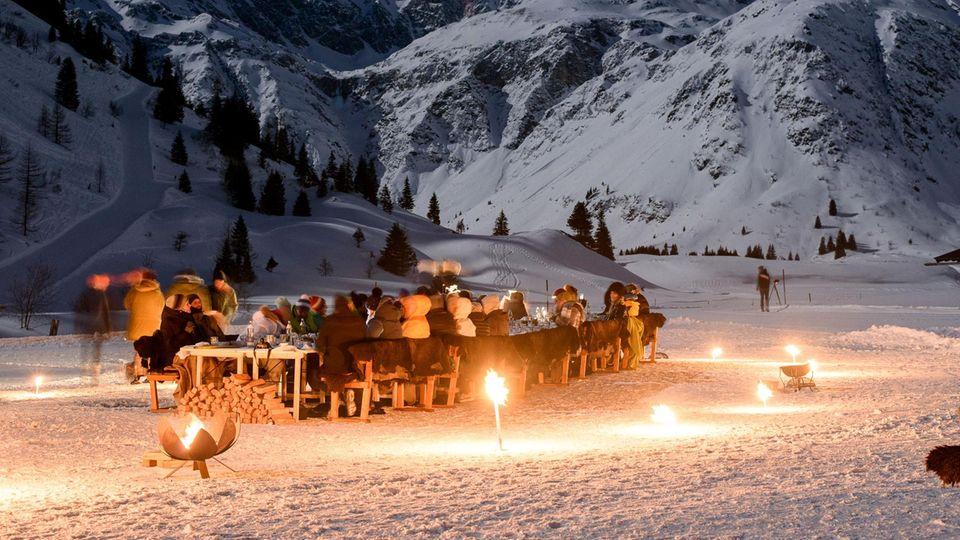 Winterliches Mondschein-Dinner im Nationalpark Hohe Tauern auf 1590 Meter.