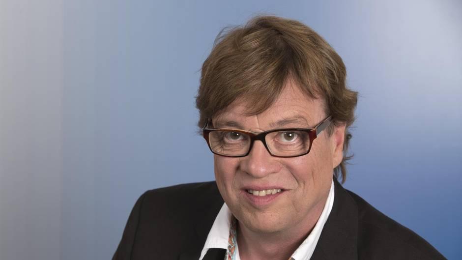 Beim ZDF hat Béla Réthy das Testspiel zwischen Deutschland und Brasilien kommentiert. Seine Art polarisiert, wie sich an Twitter-Kommentaren ablesen lässt