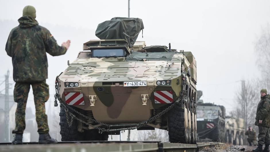 """Ursula von der Leyen fordert ein """"militärisches Schengen"""""""