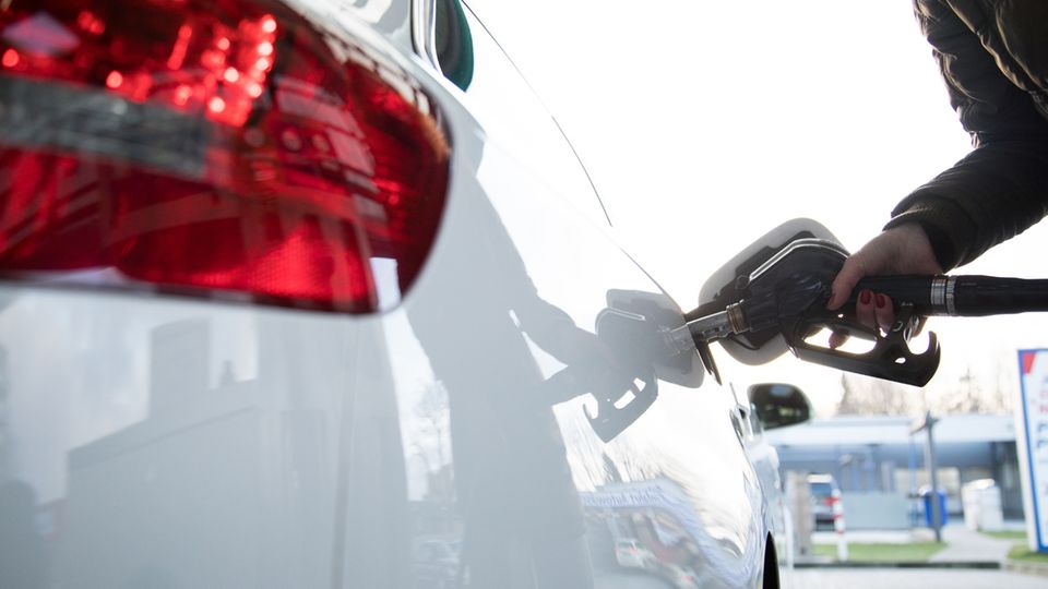 Die Eu beschäftigt sich weiterhin mit dem Spritverbrauch von Autos.