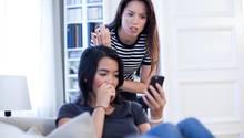 Wenn man auf einen Online-Betrüger hereingefallen ist, kann man sein Geld unter bestimmten Umständen wieder zurückbekommen.