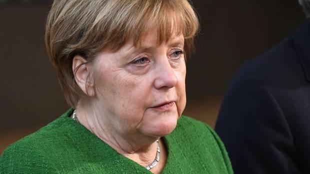 Bundeskanzlerin Angela Merkel - laut ARD-Deutschlandtrend sinkt ihre Zustimmung