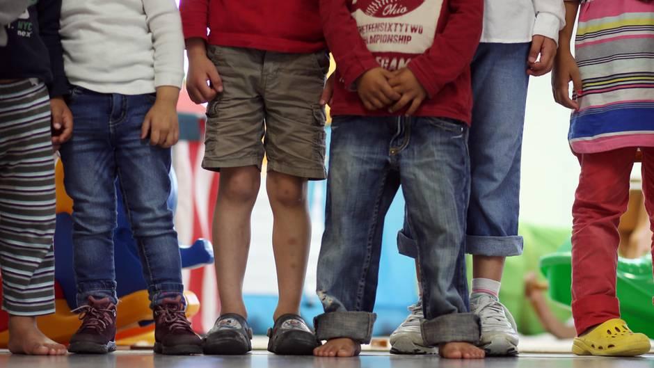 2,1 Millionen Kinder und Jugendliche unter 18 Jahren lebten im Juni 2017 in Familien, die auf Hartz IV angewiesen waren
