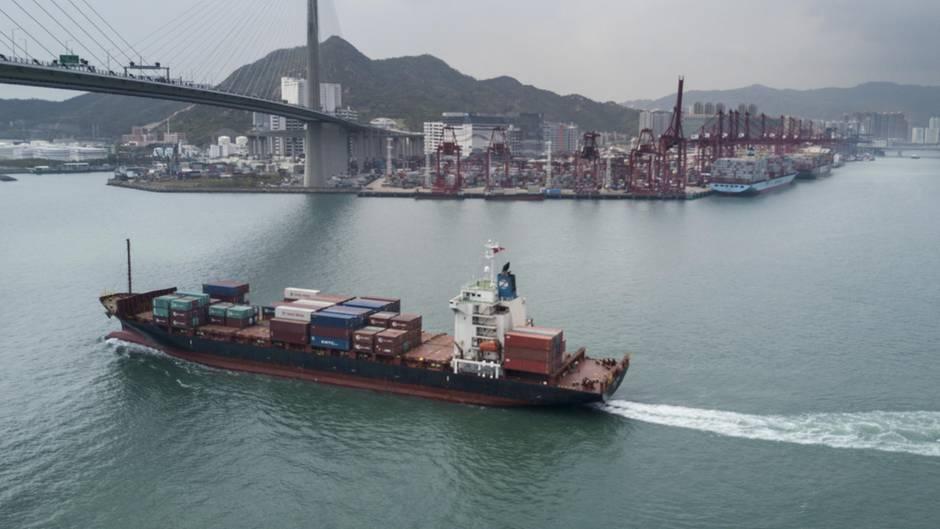 Containerschiff Handelsdefizit