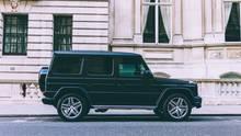 SUV sehen nicht nur wie eine Zwingburg aus, sie sind auch sicherer als kleinere Fahrzeuge.