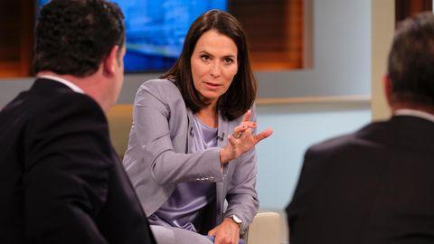 Anne Will diskutiert mit ihren Gästen über Hartz IV