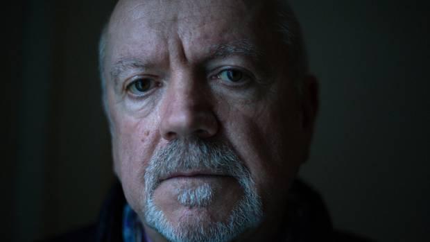 John Donnelly kämpfte früher auf Seiten der IRA. Heute verhandelt er mit Paramilitärs, die sich als Stadtguerilla aufführen