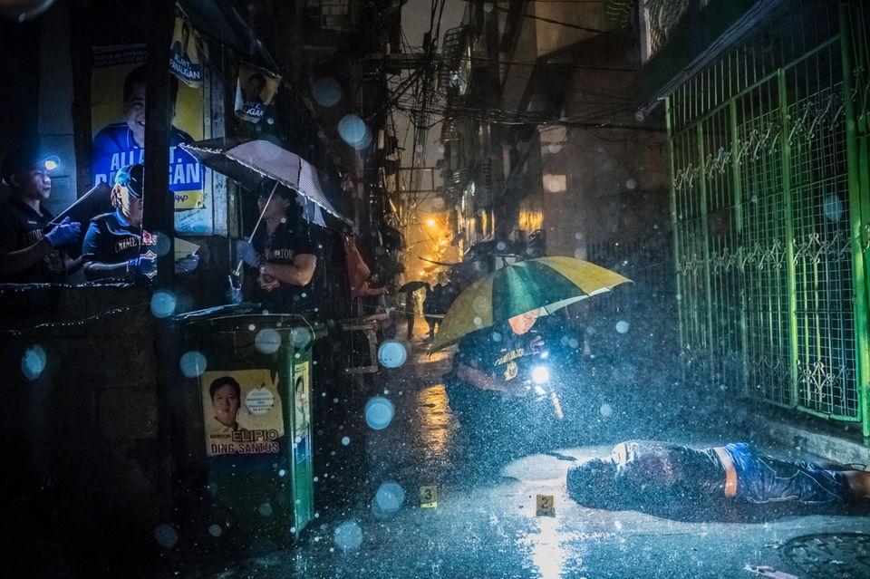"""Dutertes Anti-Drogenpolitik – """"Sie schlachten uns ab wie Tiere"""""""