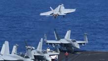 F18-Jets auf der USS Theodore Roosevelt