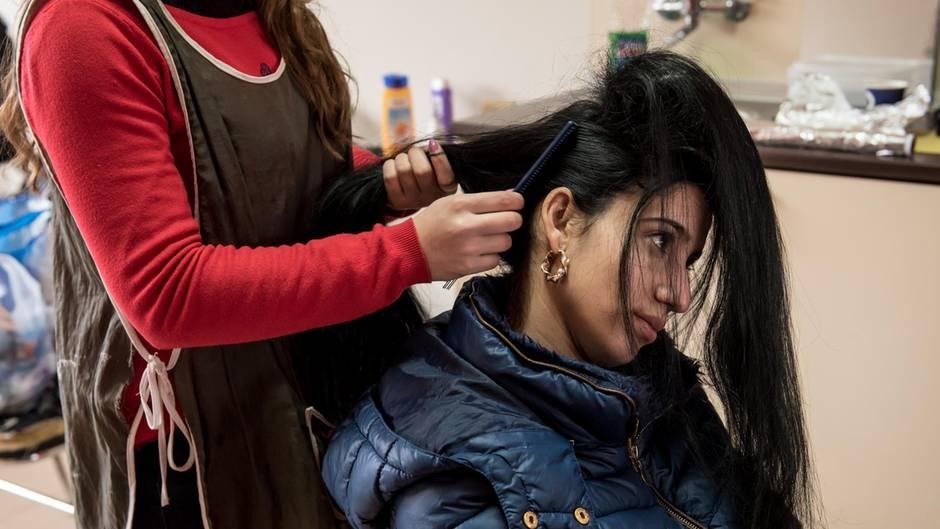JWD-Magazin: Auf dem größten Hochzeitsmarkt der Roma in