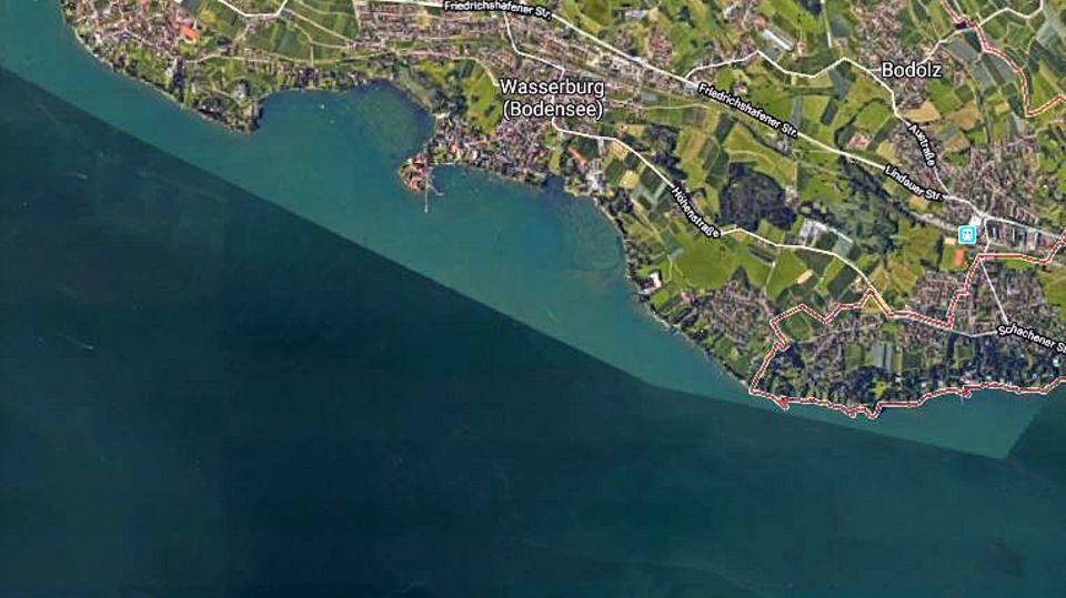 Ein Satellitenbild zeigt das nördliche Ufer des Bodensees mit dem Ort Wasserburg