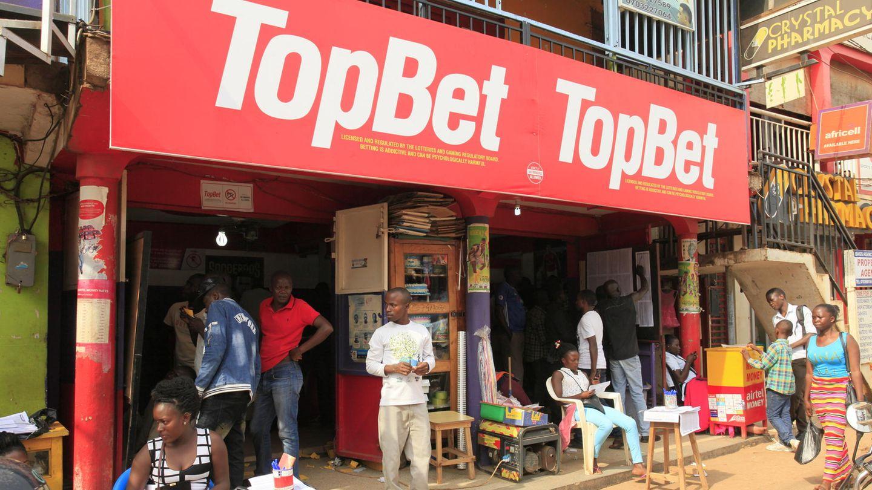 Uganda: Mit Fußballwetten hoffen junge Männer auf schnelles Glück