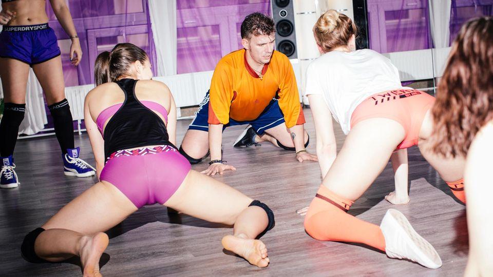 Mädchen Twerking Jeder Andere