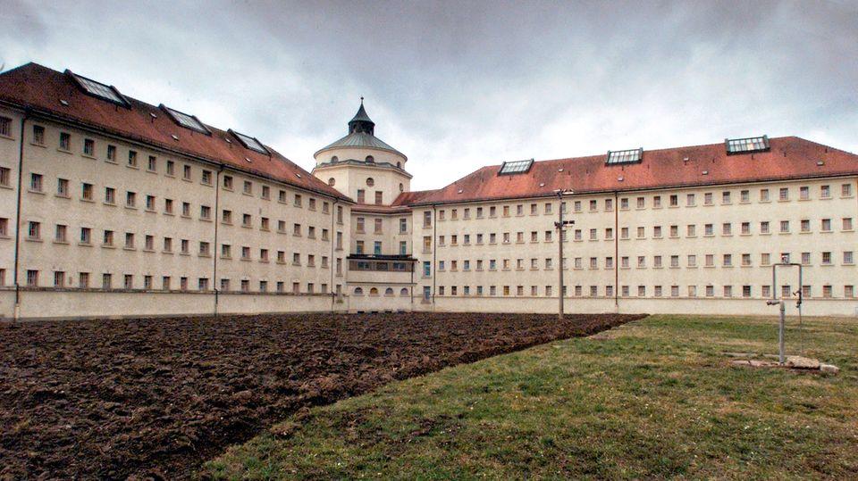 Im Straubinger Gefängnis leitete Susanne Preusker die sozialtherapeutische Station. Ihren Vergewaltiger hatte sie dort vier Jahre lang behandelt – bis zu dem Tag, an dem er sie in ihrem Büro überwältigte