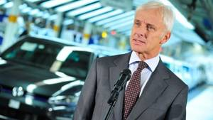 Volkswagen will rund 20 Milliarden in die Elektromobilität investieren (Bild VW-Chef Matthias Müller)