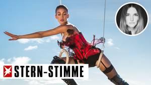 """Bei """"Germany's next Topmodel"""" gingen die Kandidatinnen wieder mal ihrer Lieblingsbeschäftigung nach: halbnackt irgendwo in der Luft hängen"""