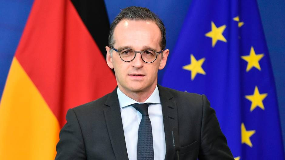 """Widerwärtig"" und ""beschämend"": Außenminister Maas kritisiert Echo-Verleihung an Rapper"