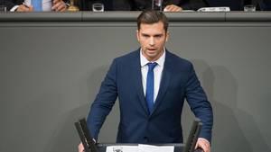 """AfD-Bundestagsabgeordneter Jan Nolte Jan Nolte beklagt """"Trend der Verwichlichung"""" bei Bundeswehrsoldaten (Archivbild)"""