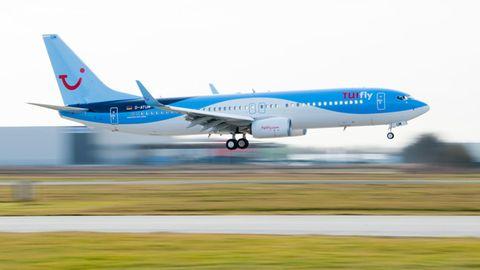 Eine Maschine von Tuifly: Fluggesellschaften können nach einem Urteil des EuropäischenGerichtshofs auch bei wilden Streiks verpflichtet sein, Entschädigungen an Fluggäste zahlen.