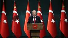Türkei: Erdogan kündigt vorgezogene Neuwahlen an - das steckt dahinter