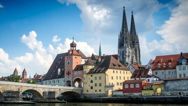 In Regensburg gibt es die meisten Single-Haushalte