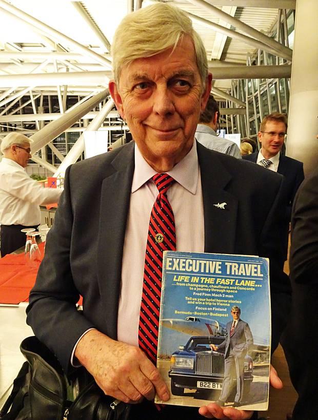 """Mit demTitel """"world's most travelled man"""" steht er unter anderem im """"Guinness-Buch der Rekorde"""" und auf dem Cover der """"Executive Travel"""": Der Bite Fred Finn mit seiner Concorde-Anstecknadel am Revers."""