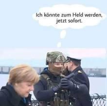 7. 3. 2018, 16.10 Uhr: Gepostet wird eine Mordfantasie. Der Soldat, so die Idee, müsste nur abdrücken. Das Foto mit Angela Merkel wird mehrfach in die Gruppe gestellt