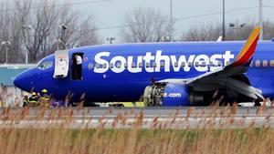 Die Boeing 737-700 von Southwest Airlines: nach der Notlandung in Philadelphia.