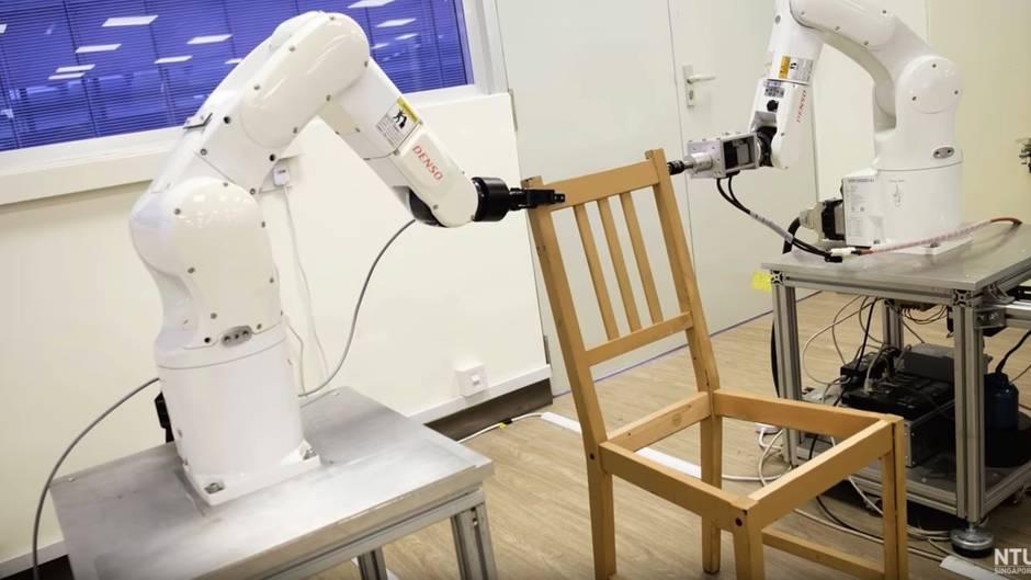 Neun Minuten Aufbauzeit: Roboter baut Ikea-Stuhl zusammen - und ist dabei schneller als viele Menschen