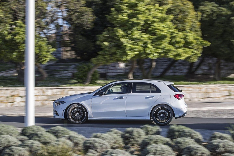 Die Mercedes A-Klasse (W177) kostet mindestens 30.231,95 Euro