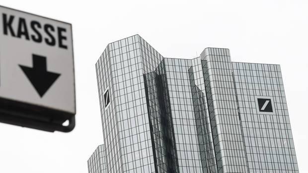 Aus Versehen! Deutsche Bank überweist 28 Milliarden Euro auf das falsche Konto