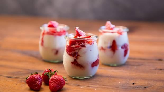 Erdbeer-Kokos-Dessert