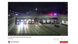 Trucker bildeten bei einem Suizidversuch von einer Autobahnbrücke eine künstliche Auffanghilfe mit ihren Lkws