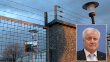 """Horst Seehofer beginnt seine Amtszeit als Bundesinnenminister mit viel Abschiebe-Rhetorik. Doch die von ihm geplanten """"Ankerzentren"""" sind sehr umstritten - auch bei der Bundespolizei, deren Dienstherr Seehofer ist."""