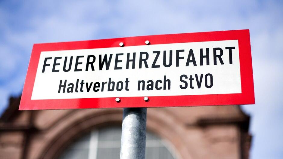Kita - Rettungseinsatz - RTW - Eltern - Facebook - Neukirchen