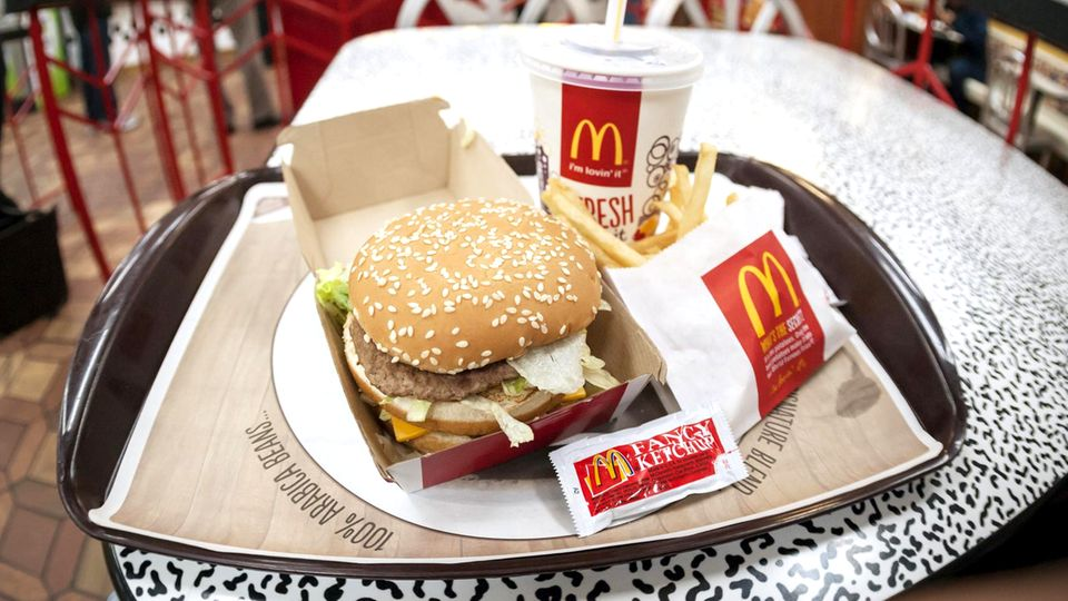 Fastfood: Preise erhöht und mehr Kunden gelockt: McDonald's steigert Gewinn