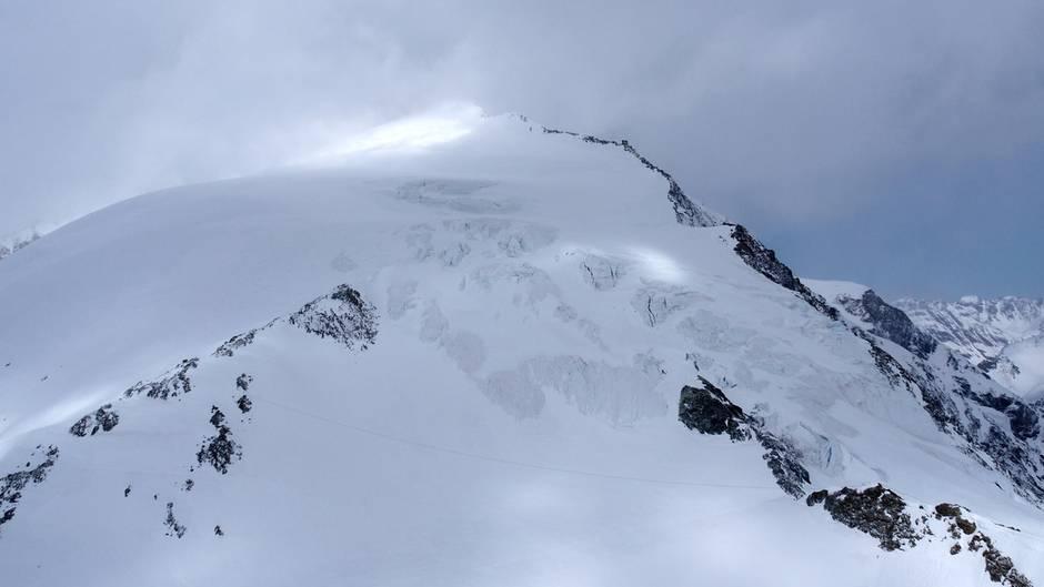 Der Berg Pigne d'Arolla, in der Nähe des Ortes Arolla