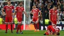 Am Ende am Boden zerstört: Der FC Bayern München nach der Niederlage gegen Real Madrid in der Champions League