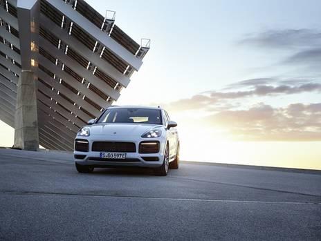 Porsche Cayenne E-Hybrid : Zweite Generation mit mehr Saft
