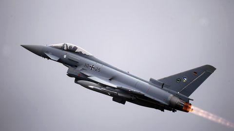 """Ein Kampfjet des Typ """"Eurofighter"""" der Bundeswehr"""
