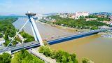 Platz 3: Bratislava   Noch grüner ist es mit 332 Quadratmeter pro Person in der Hauptstadt der Slowakei zu beiden Seiten der Donau.