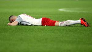Europa-League: Der Salzburger Christoph Leitgeb liegt am Boden