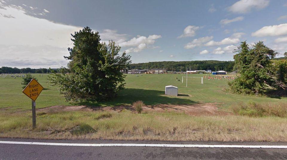 Der Sportplatz der Holmdel High School