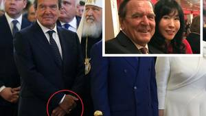 Gerhard Schröder und sein Ring am Finger