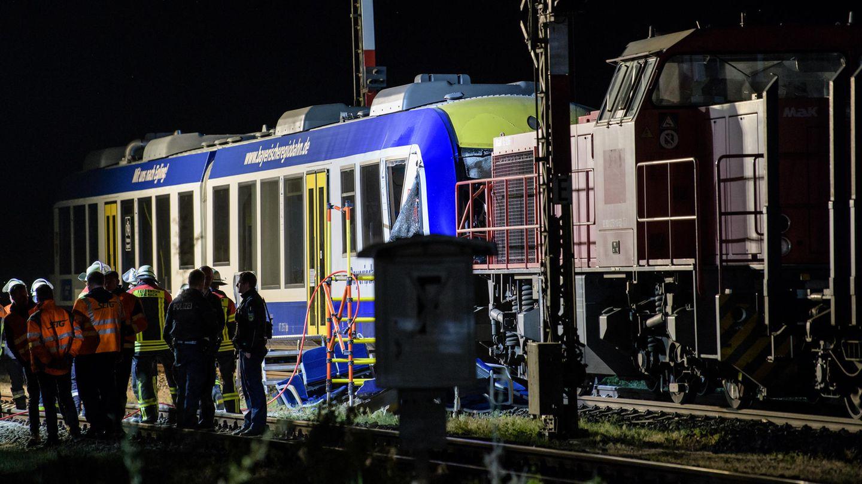 News: Bei dem Zugunglück in Aichach in Schwaben (Bayern) kamen mindestens zwei Menschen ums Leben